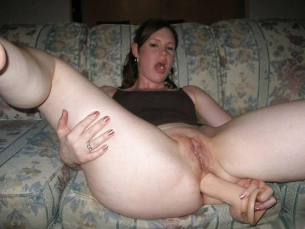 Amateur mature anal toying pics