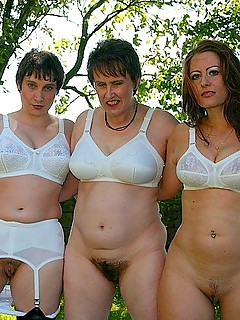 Pics of naked mature women in a girdle